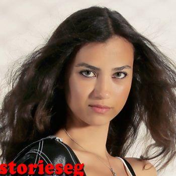 الممثلة الينا سولاكر