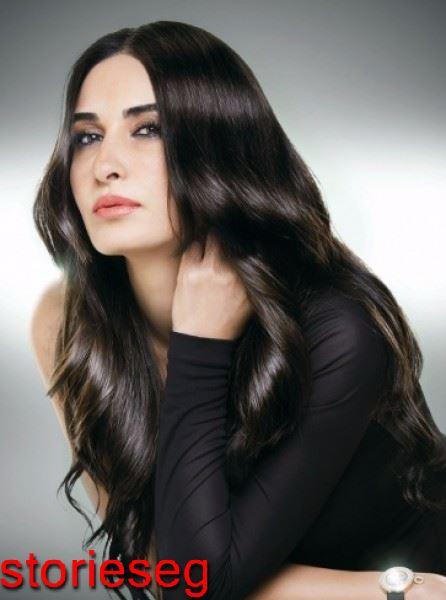 الجميلة فاطمة ناصر