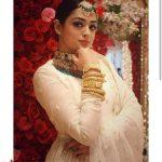 ساميكشا جيسوال جنسيتها ديانتها عمرها دراستها أعمالها Samiksha Jaiswal
