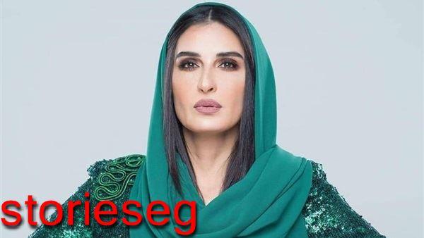 الفنانة فاطمة ناصر