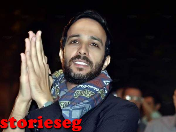 الممثل احمد عصام