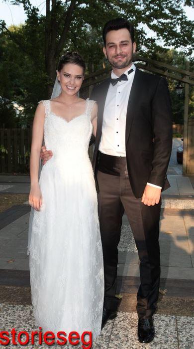 بيركان سوكولو وزوجته السابقة اصلي انفر