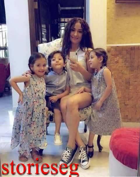 كندة حنا برفقة اطفالها